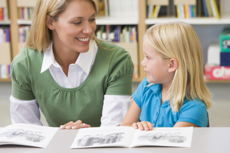 4 Tips: How Can You Teach Your Child to Read