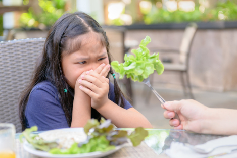 Handling Picky Eaters and Children with Food Allergies